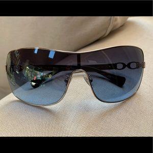 Coach Sunglasses . 901517  7046 Silver /Grey